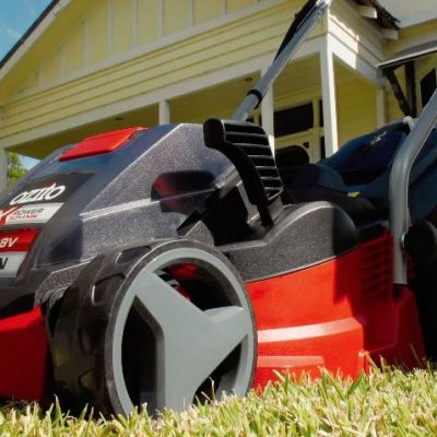 Taking back your garden with the 18V Cordless Mower & Grass Trimmer Kit